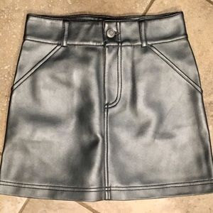 GAP Pleather Skirt - Size 8